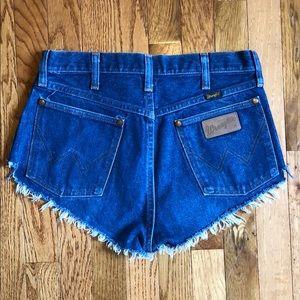 Wrangler denim pin-up style shorts